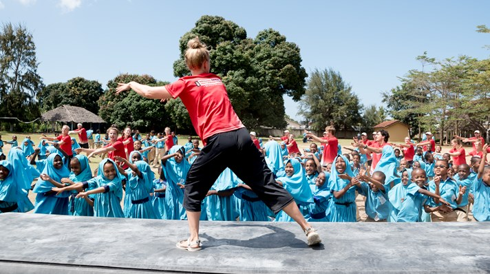 we move the world dance - tanzania.jpg