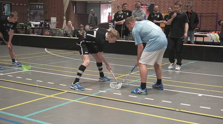 face-off floorball.JPG